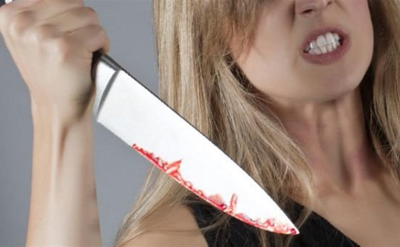 В Щёкино пьяная женщина зарезала своего отца