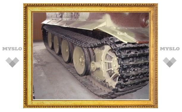Под Тулой мужчина пытался украсть гусеницы от танка