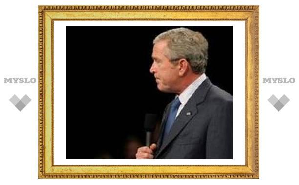 Буш наложил вето на программу детского здравоохранения