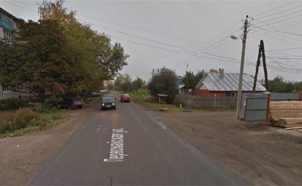 В Новомосковске водитель ВАЗа сбил парня и скрылся с места аварии