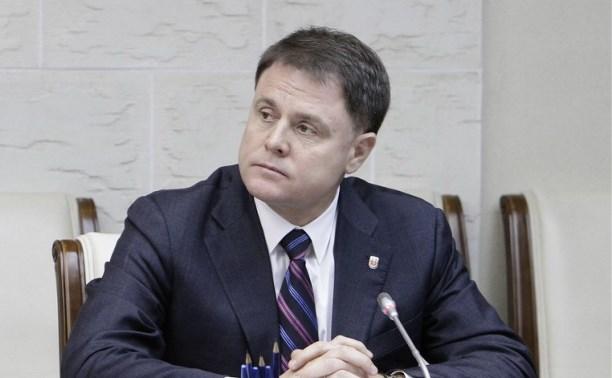 Губернатор Владимир Груздев обсудил вопрос лицензирования розничных продаж спиртосодержащей продукции