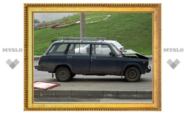 В автомобиле под Тулой найдены два трупа