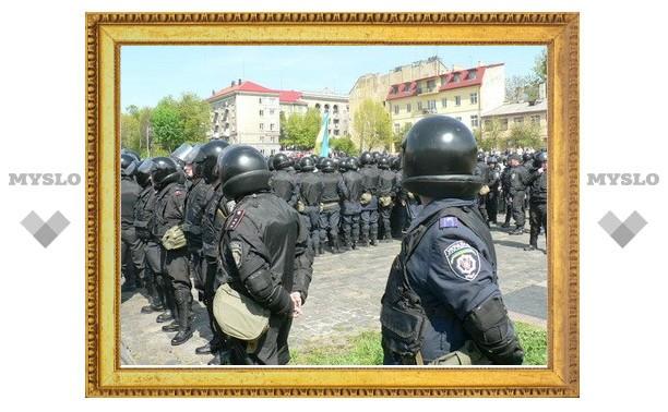 Госдума потребовала наказать организаторов львовских беспорядков