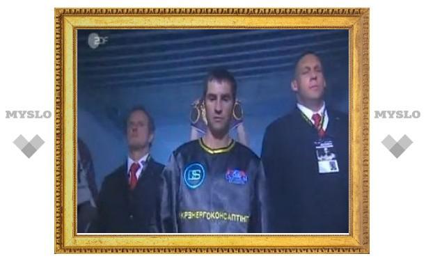 Чемпионский титул украинского боксера отдали россиянину