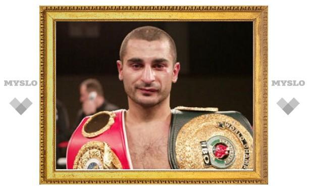 Армянский боксер отказался от чемпионского титула