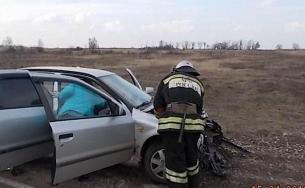 В Киреевском районе после столкновения с ВАЗом госпитализированы водитель и пассажир иномарки