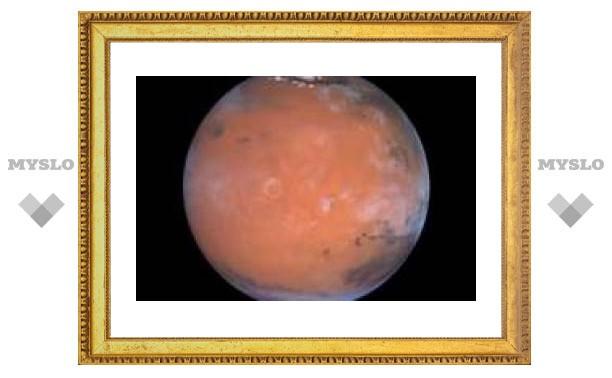 Впервые изучены ночные облака Марса
