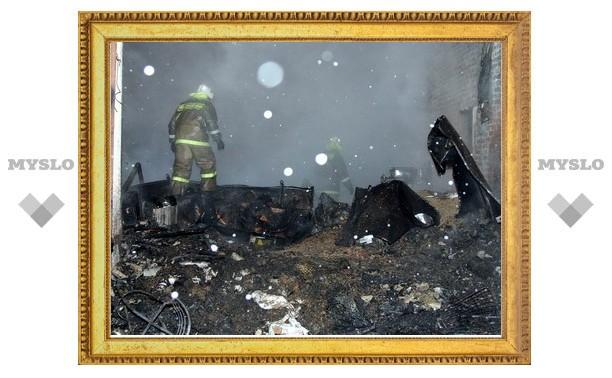 Под Тулой сгорел кормовой склад