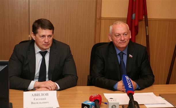 Евгений Авилов и Александр Прокопук поздравили туляков с Пасхой