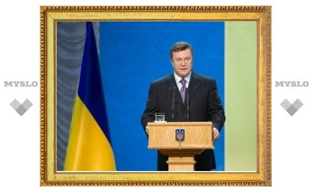 Янукович незаметно для оппозиции получил новые полномочия