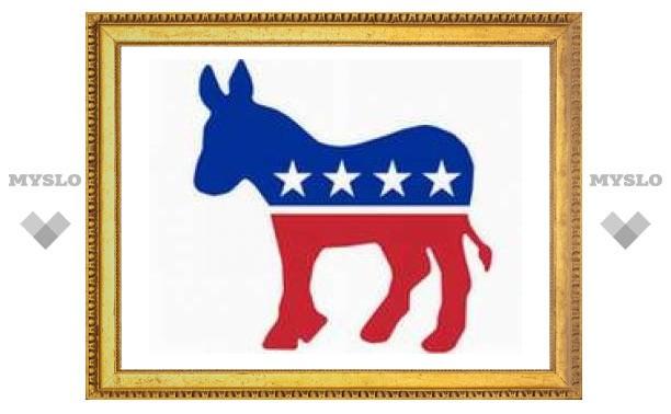В теледебатах кандидаты от демократов соревновались в критике Буша