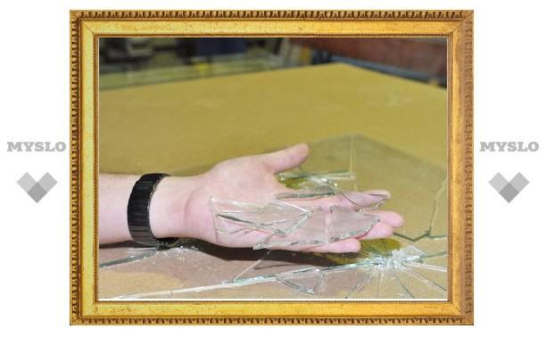 В Тульской области судят гражданина Кыргызстана, порезавшего стеклом полицейского