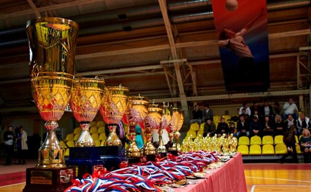В Кубке лиги любителей футбола определились четвертьфиналисты