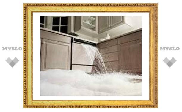 В квартире туляка начался потоп