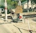 Железнодорожный переезд на ул. Д. Гумилевской на два дня закрыли на ремонт