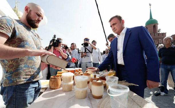 Алексей Дюмин посетил «Тульское торжище»