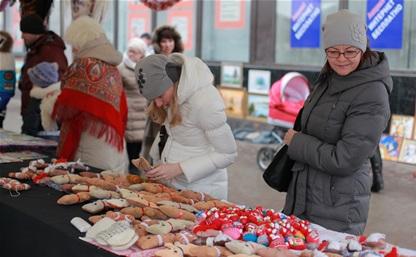 В Туле прошел новогодний арт-базар