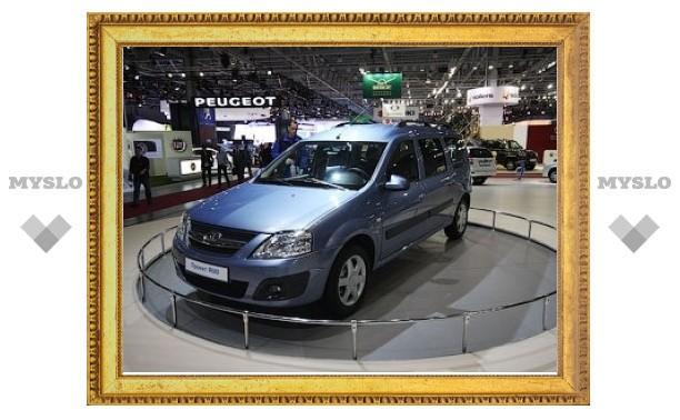 """""""АвтоВАЗ"""" выпустил первый универсал на платформе Renault"""