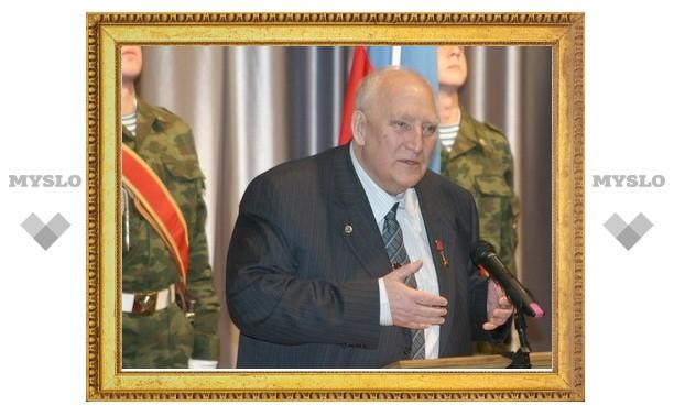Аркадию Шипунову вручили медаль «300 лет начала государственного оружейного производства в г.Туле»