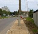 Администрация Тулы: столб с тротуара на улице Вильямса убрать нельзя
