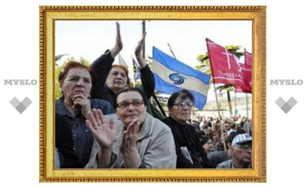 Грузинская оппозиция частично разблокировала центр Тбилиси
