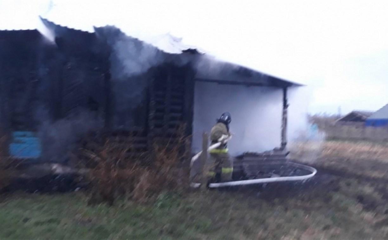 В Тульской области сгорел дом