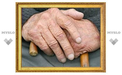 Под Тулой вооруженная тростью пенсионерка напала на соседку