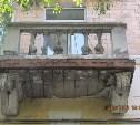 Аварийный фасад «сталинки» в центре Тулы: жители бьют тревогу