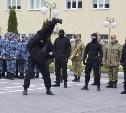 Бойцы тульского СОБРа провели показательные выступления для школьников