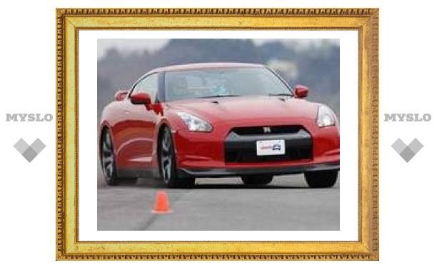 Новый Nissan GT-R покорил экспертов