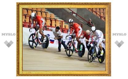 Туляки на велотреке в Санкт-Петербурге - лидеры первенства