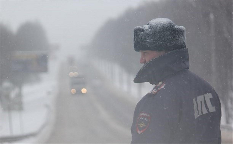 Тульское УГИБДД просит водителей быть предельно осторожными на дорогах в снегопад