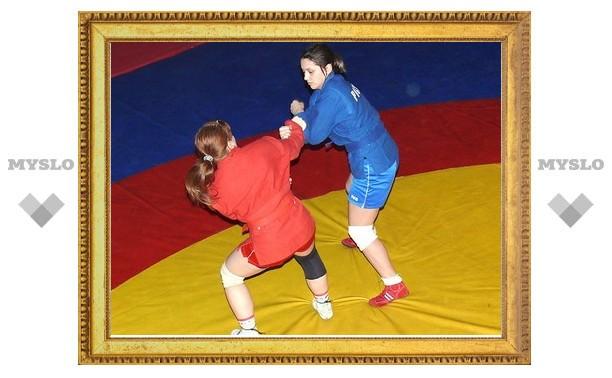Тулячка Юлия Лосева завоевала бронзу на чемпионате по самбо
