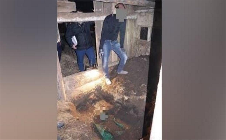 Закопал труп отчима в сарае 8 лет назад: житель Болоховского сделал явку с повинной