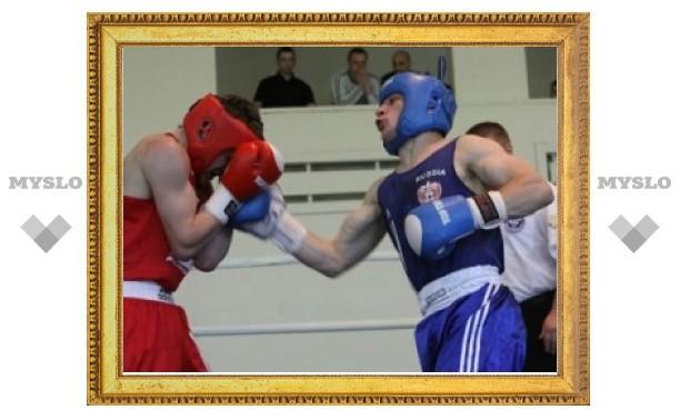 Тульский боксер Тарон Оганнисян завоевал серебро