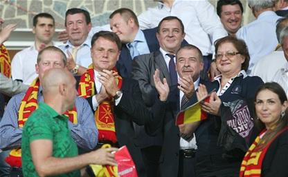 Владимир Груздев поздравил болельщиков с победой «Арсенала»