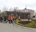 У памятника ликвидаторам аварии на ЧАЭС высадят более 5 тысяч цветов