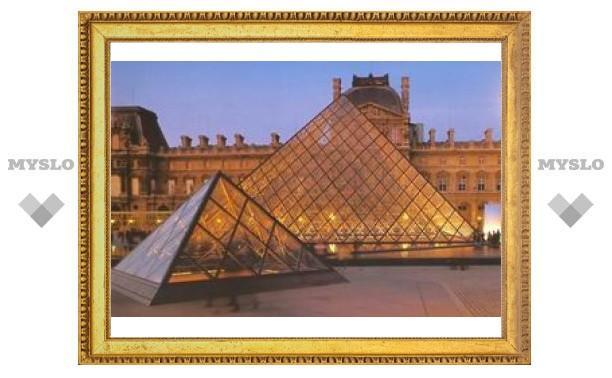Лувр снизошел к англоговорящим любителям искусства