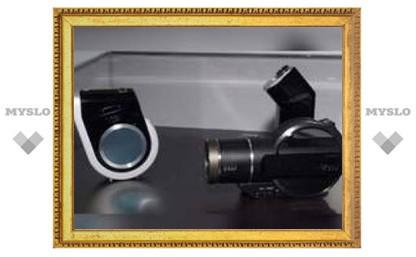 Hitachi представила прототипы первой видеокамеры с Blu-ray-дисководом