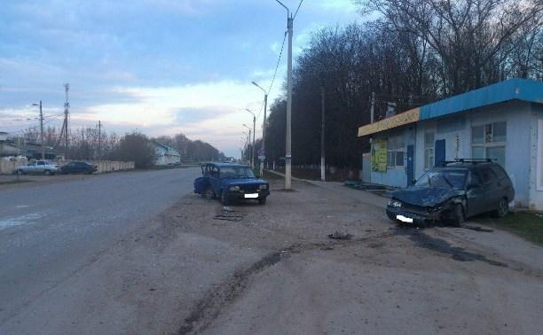 В Тёпло-Огарёвском районе в результате ДТП пострадал пассажир ВАЗ-2111