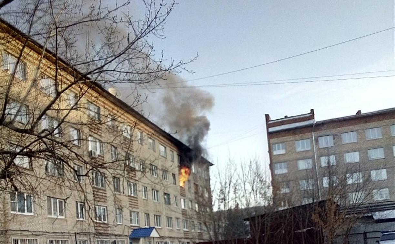 В Новомосковске утром в общежитии сгорели три комнаты