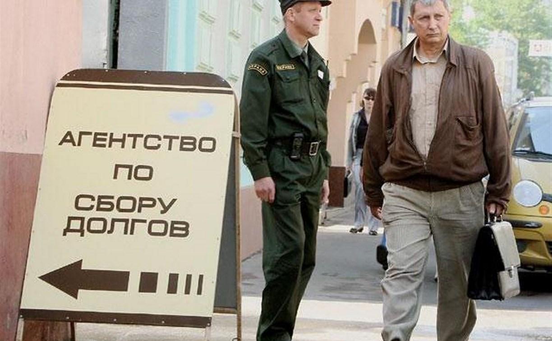 С 2017 года требовать долг от 50 тысяч рублей можно будет только через коллектора