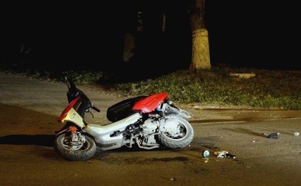 В ДТП в Щекино серьезно пострадали скутерист и его пассажирка