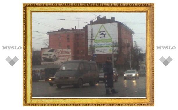 Возле Зареченского моста в Туле меняют светофоры