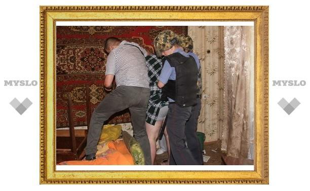 Психа из Болохова почти 9 часов уговаривали сдаться