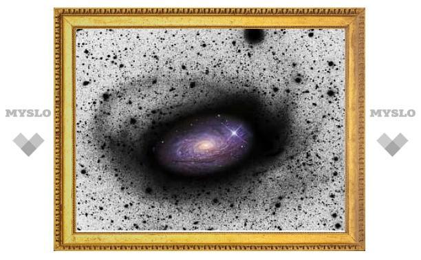 Впервые найдены удаленные галактики-каннибалы