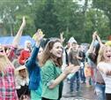 Фестивалю Крапивы не помешал даже ливень