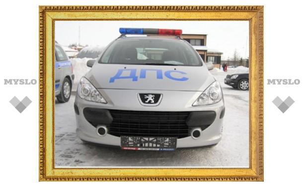 Под Тулой экипаж ДПС спас автоледи