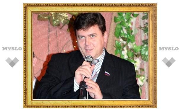 Тульский сенатор прокатит выпускников по Москва-реке