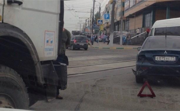 Из-за аварии возле «Рио» скопилась большая пробка